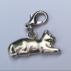 Accessories - 2 cat charms with clasp